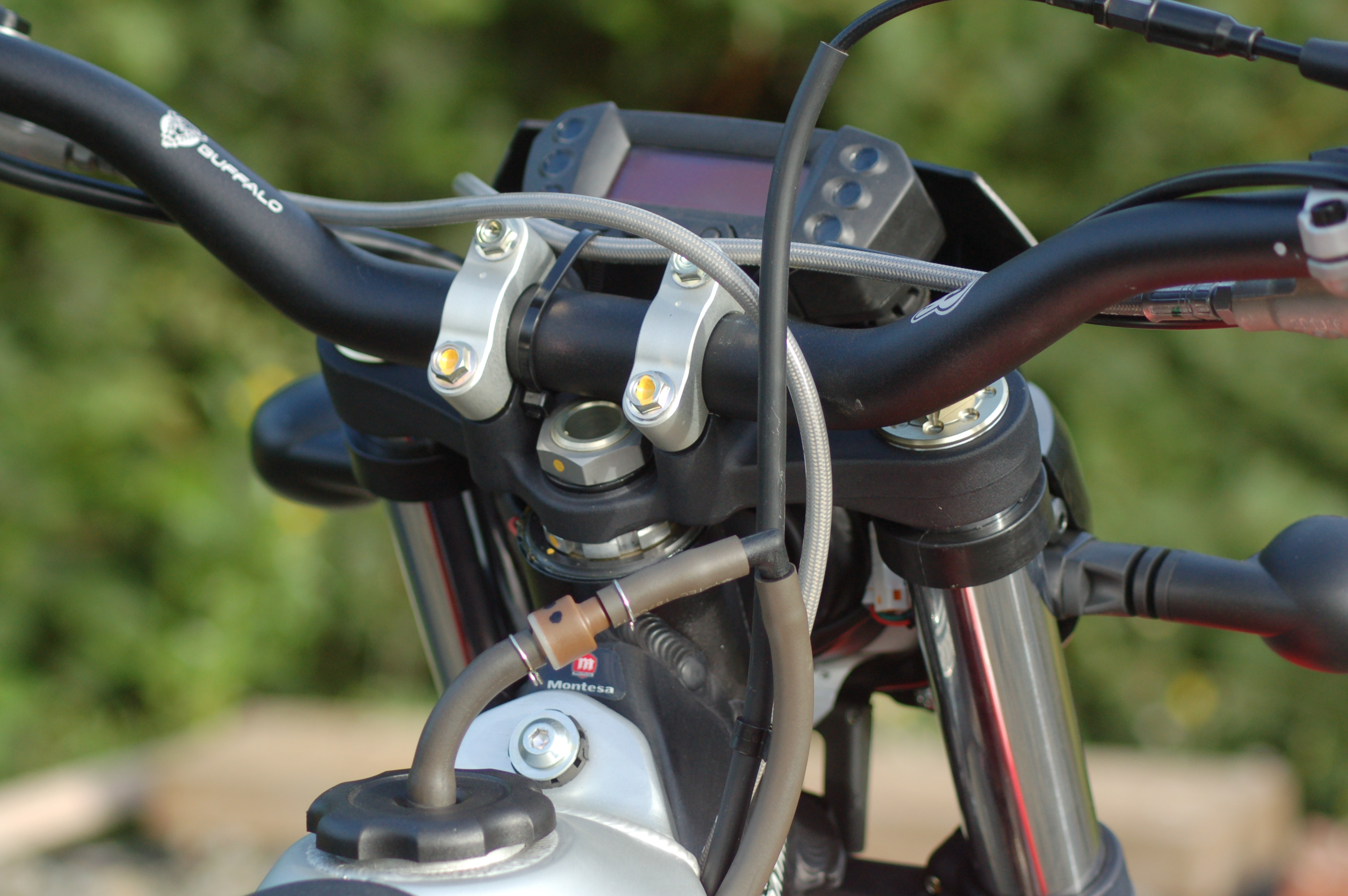 Montesa clock and breather detail